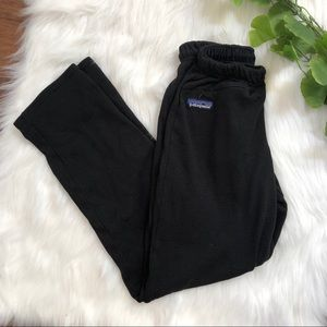 Patagonia | Black Regulator Sweat Pant Size Small